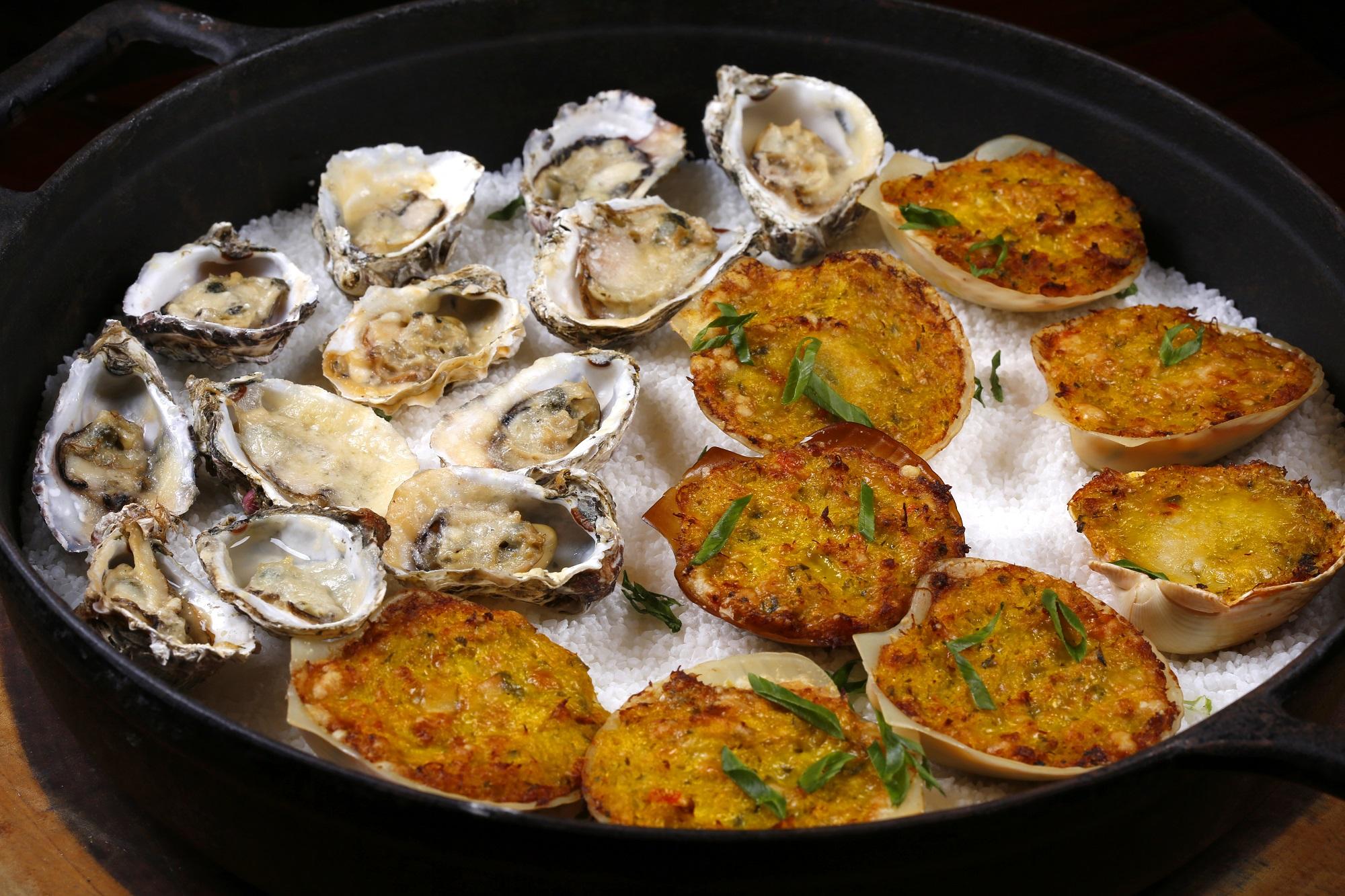 Churrascaria Palace: ostras e casquinha de siri gratinadas