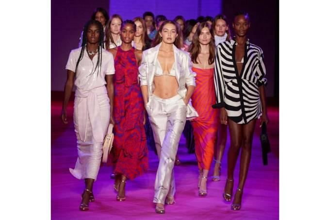 Desfile Semana de moda Julia Golldenzon