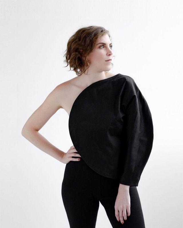 Ana Neute; designer; luminária; mobiliário