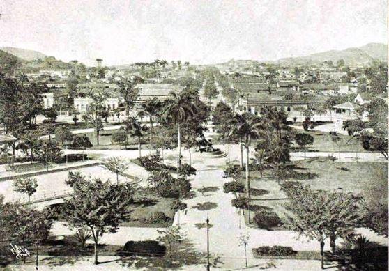 Foto antiga, provavelmente de 1910, da Praça Barão de Drumond, em Vila Isabel