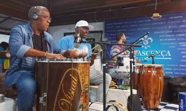 funcionamento do Samba do Trabalhador, os músicos e equipe de produção puderam manter seus trabalhos.