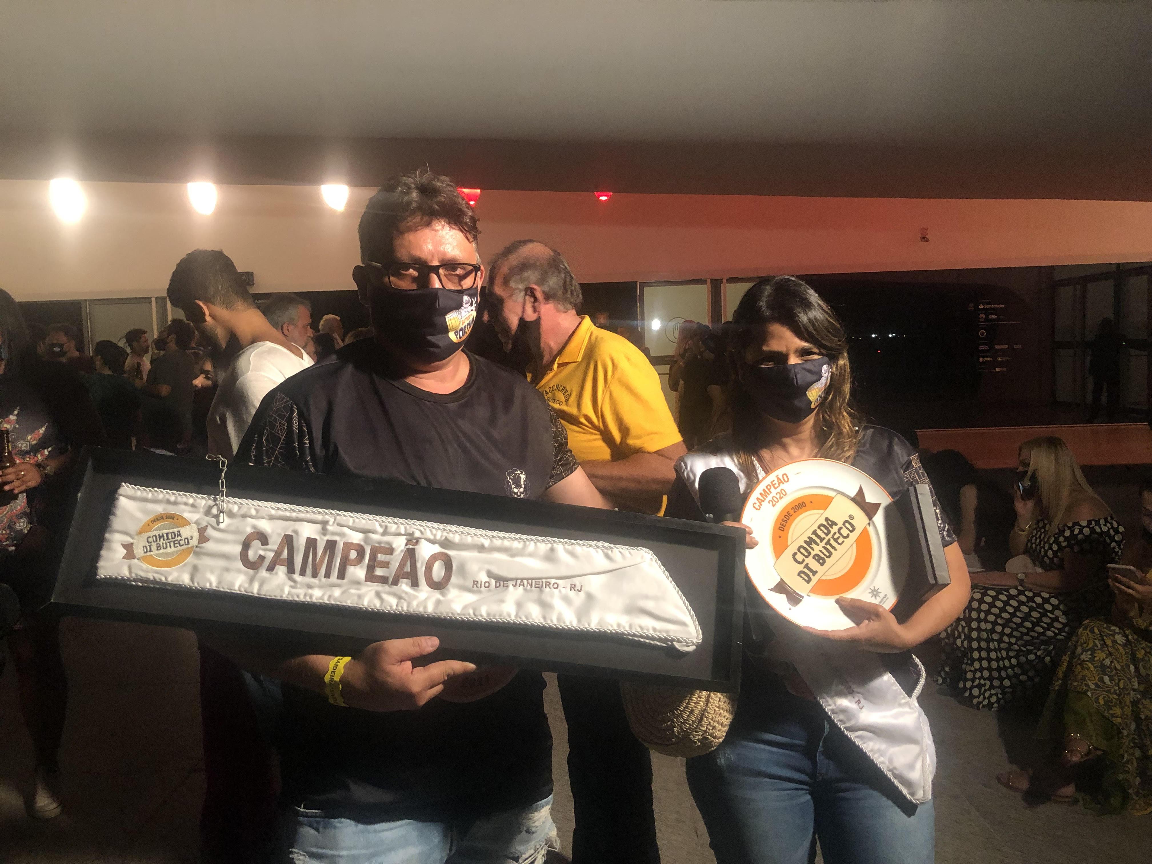 Anick Faria e Paulo Faria, o casal de donos do Buteco do Portuga: dois campeonatos e um vice